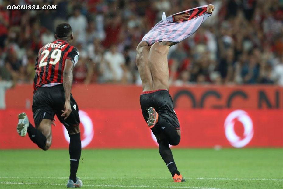 Nice s'impose 2 à 1 grâce à son capitaine Dante Bonfim