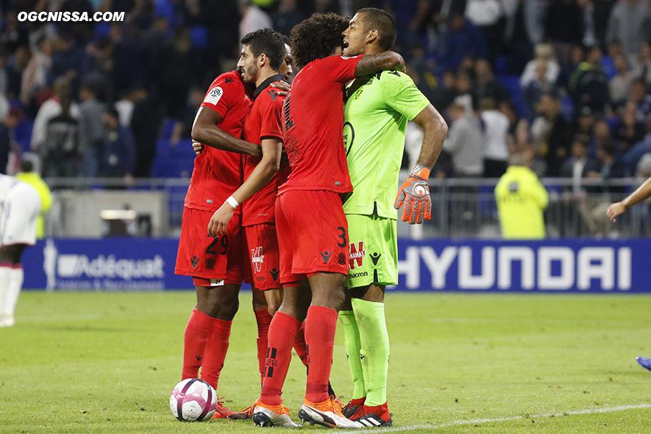 C'est terminé. Nice s'impose 1 à 0 avec un grand match de Walter Benitez