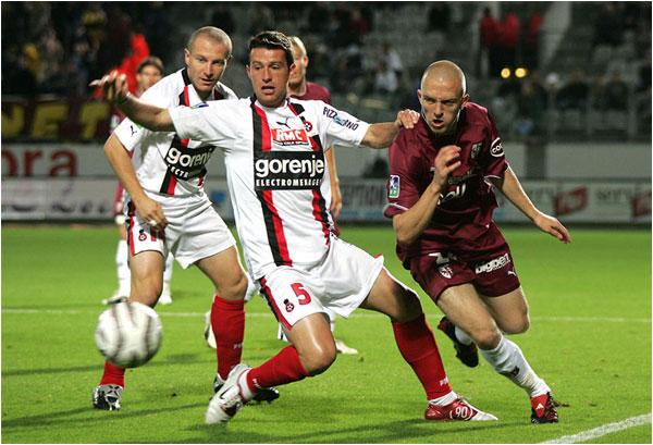 Match nul 1 but partout du côté de Metz, ici Florent Balmont et François Grenet