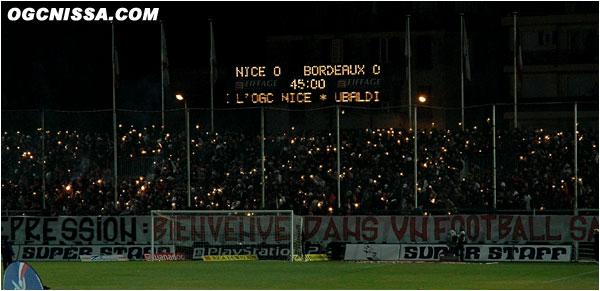 Réception de Bordeaux pour ce premier match de l'année 2005. Bon rendu pour le tifo BSN.