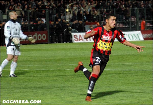 Kamel Larbi doublera la mise. Victoire 2 à 0 des Aiglons.