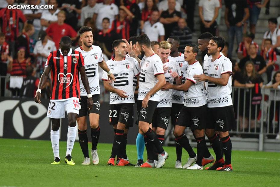 Sur un contre, Rennes ouvre le score