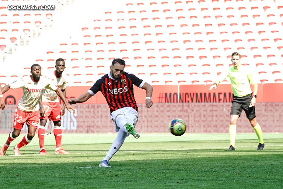 Alors que Monaco a égalisé sur penalty, c'est Amine Gouiri qui a l'occasion de redonner l'avantage au Gym sur penalty
