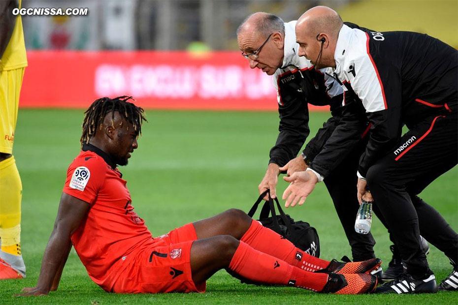 Inquiétude pour Allan Saint Maximin, touché à la cheville en fin de match