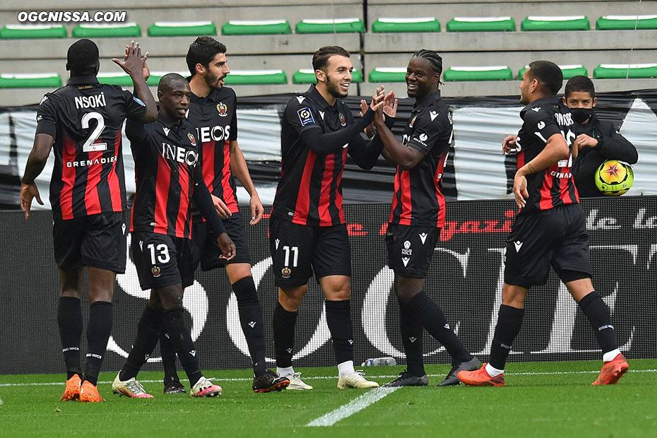 Le 3e but d'Amine Gouiri cette saison, pour la plus grande joie de ses coéquipiers
