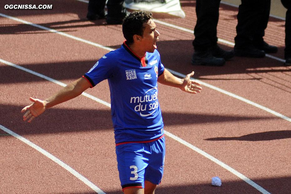 Le premier but de Carlos Eduardo sous les couleurs niçoises