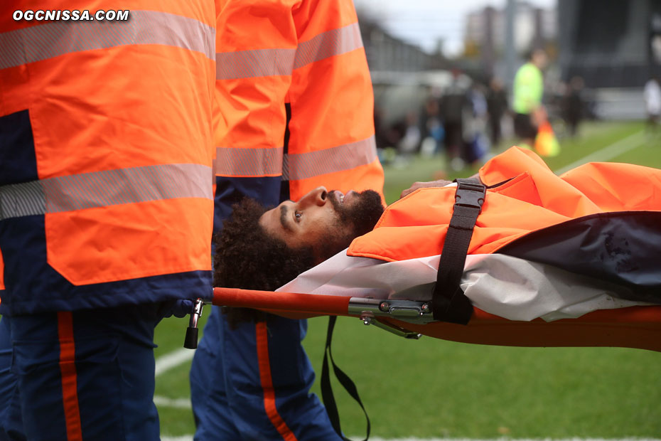 L'IRM réalisé quelques jours après montrera une rupture du ligament croisé antérieur de son genou. La saison de Dante Bonfim est terminée.
