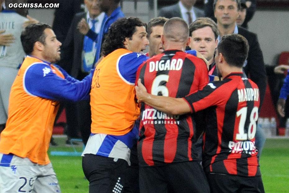 Avant que le portier remplaçant du SC Bastia, alias QI d'huitre, ne fasse dégénérer l'après match.