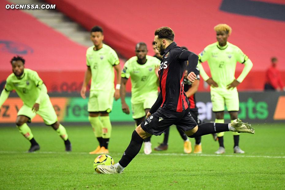 Amine Gouiri réduira le score sur penalty
