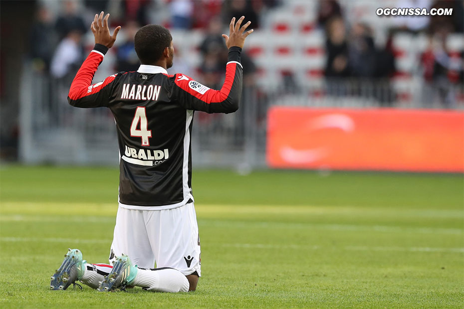Marlon Santos est titulaire pour ce match