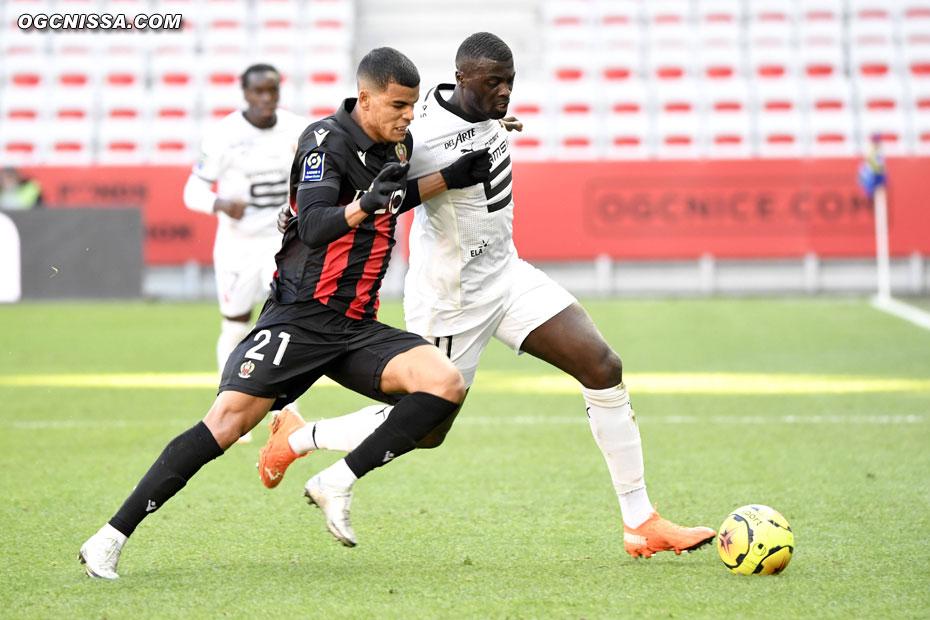 Une erreur défensive de Danilo Barbosa permet à Mamadou Niang d'ouvrir le score
