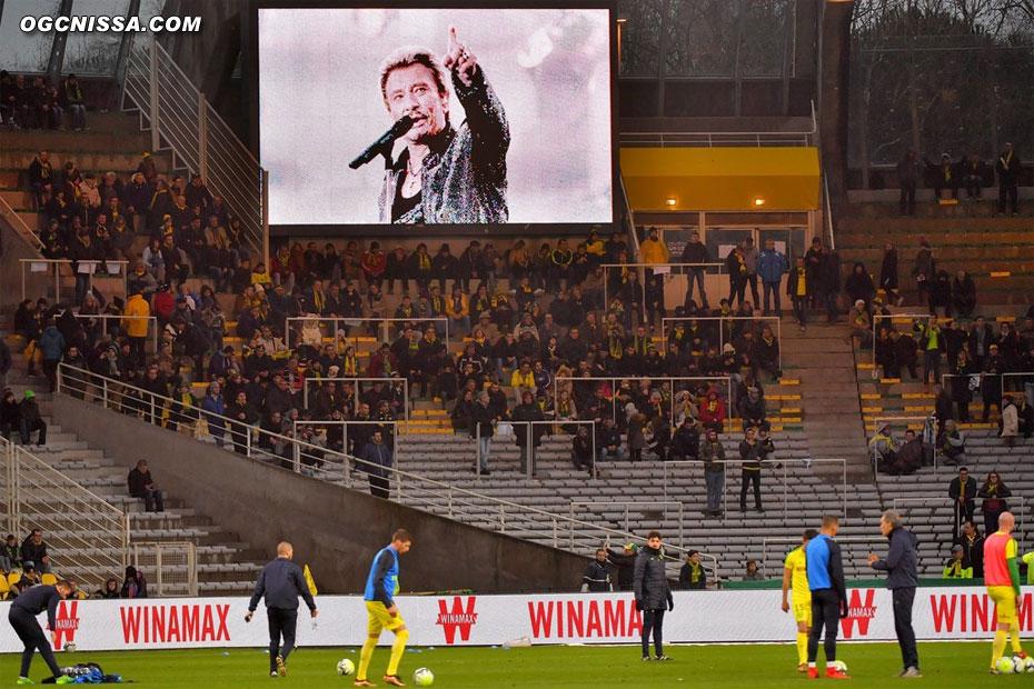 Hommage à Johnny Hallyday, comme sur tous les stades de Ligue 1