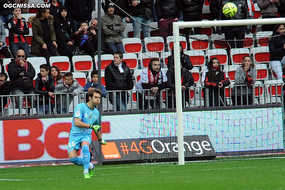 Simon Pouplin titulaire dans les buts