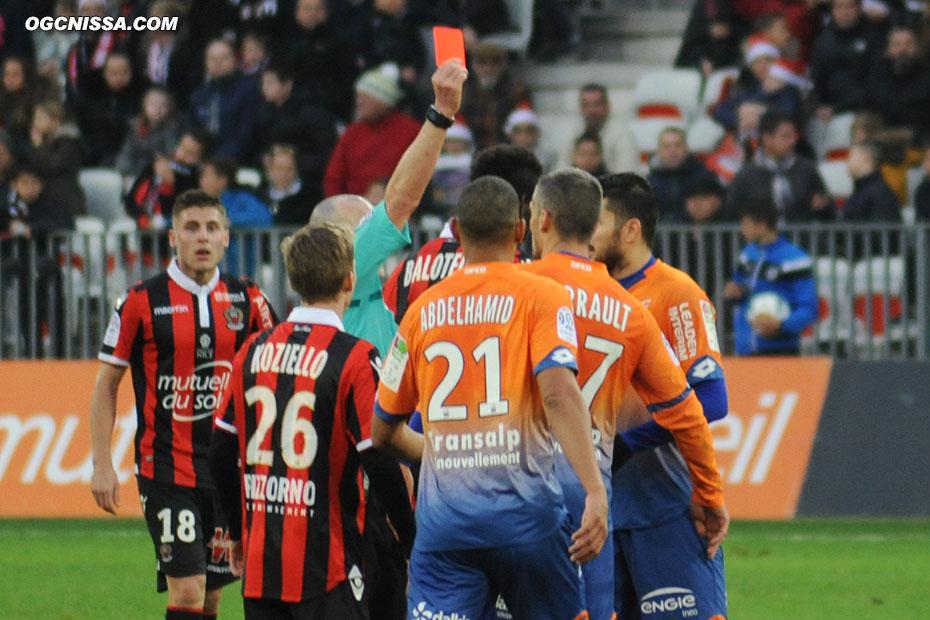 Varrault se fera expulsé en fin de match