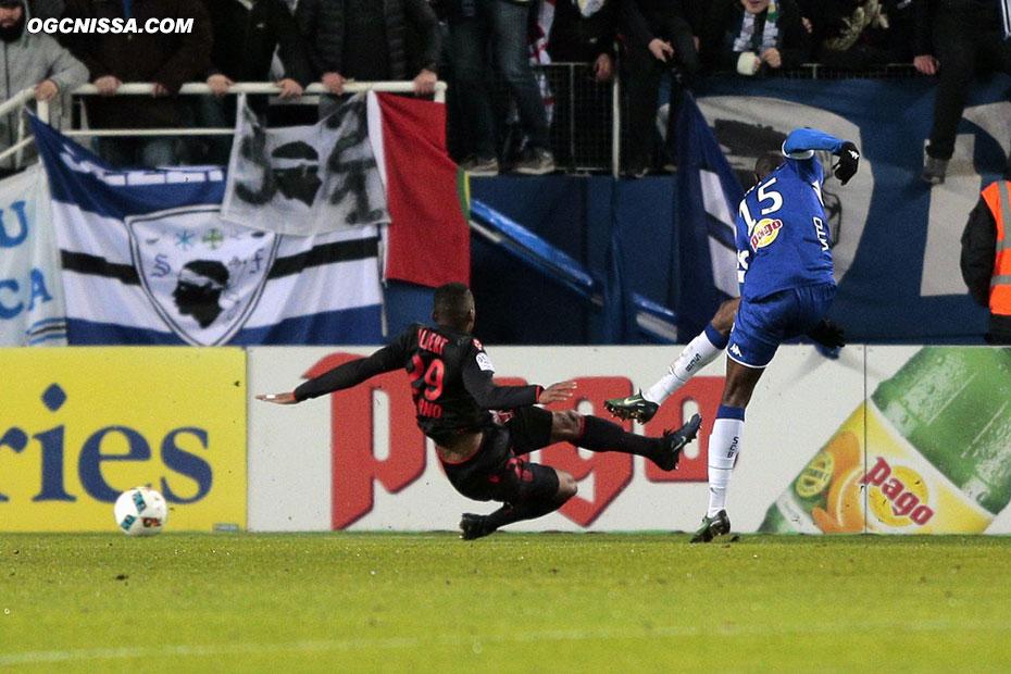 Sur sa première occasion, Bastia ouvre le score