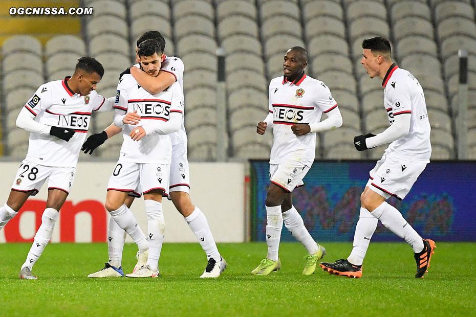 Youcef Atal ouvre le score en début de seconde période
