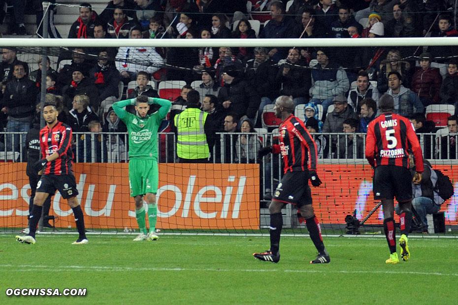 Sur le contre, Monaco profite d'une bourde de Gomis pour ouvrir le score contre le court du jeu et s'imposer.