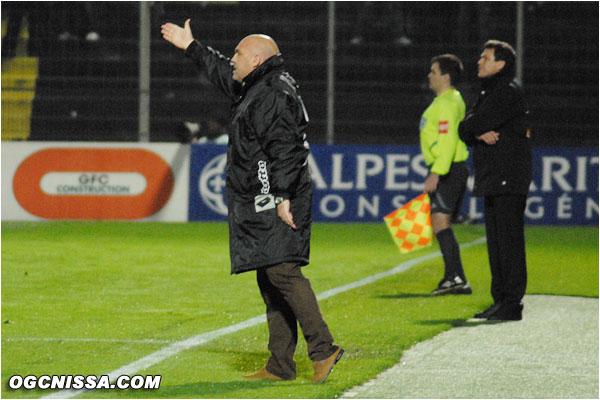 Antonetti recadre son équipe