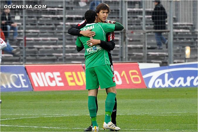 Ospina et Civelli s'encouragent
