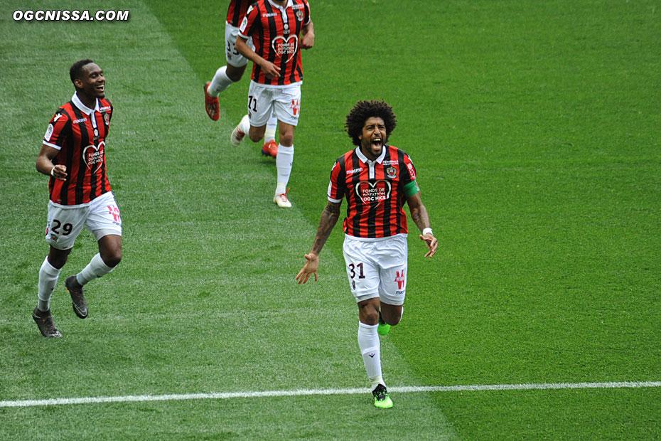 Le premier but de Dante Bonfim cette saison !