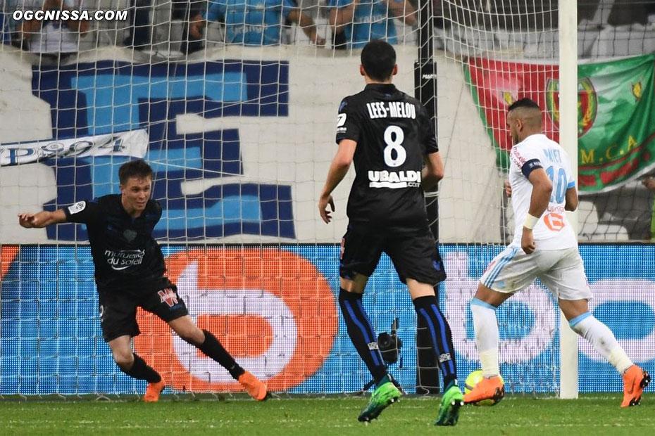 Marseille finira par prendre l'avantage, malgré le retour d'Arnaud Souquet