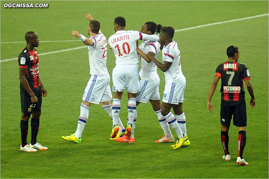 Lyon ouvre rapidement le score