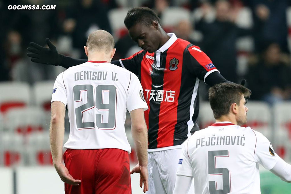 Le 5e but de Mario Balotelli en Europa League