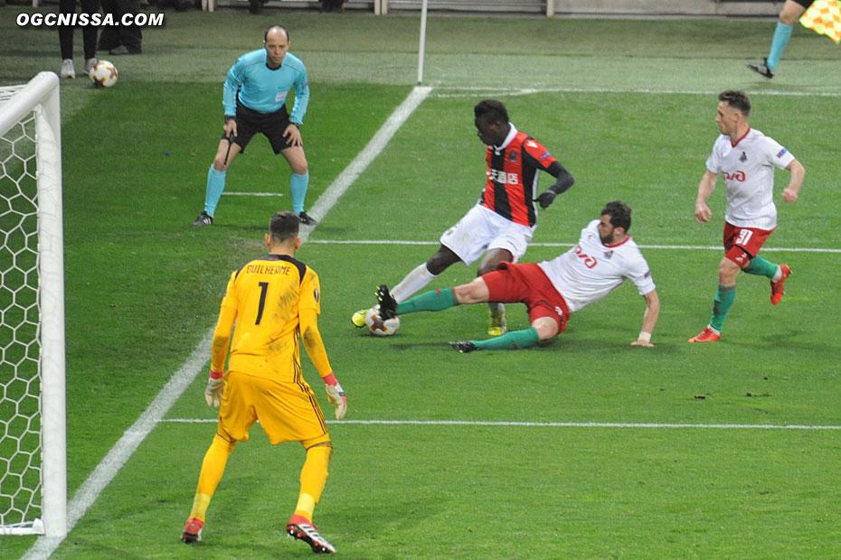 Mario Balotelli bien trop seul en seconde période