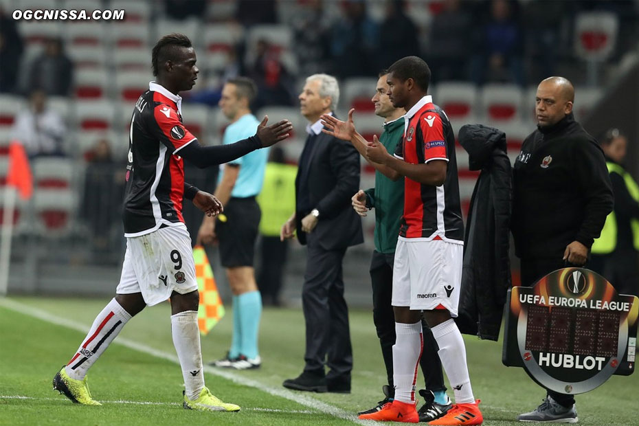 Mario Balotelli laisse sa place à Marlon Santos