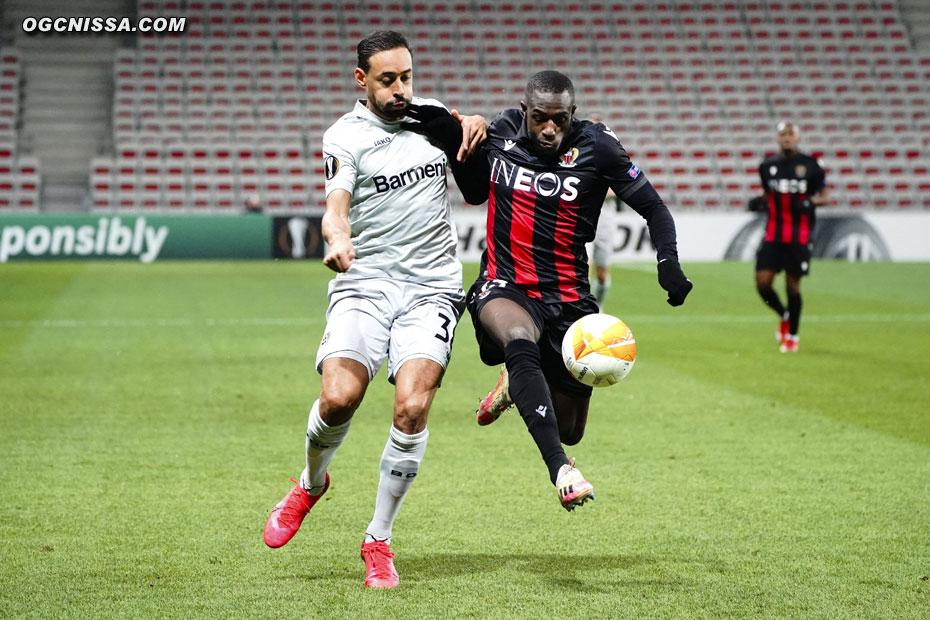Hassane Kamara, de retour en latéral gauche