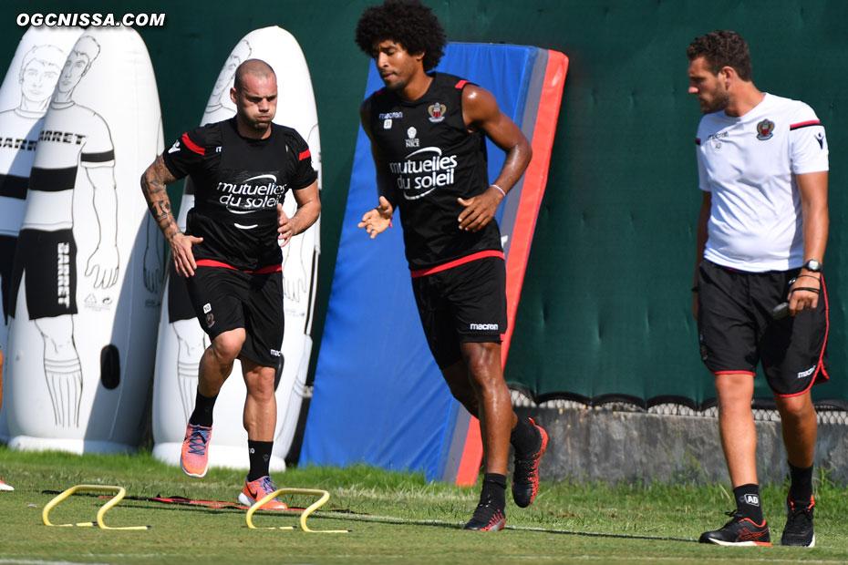 Wesley Sneijder et Dante Bonfim