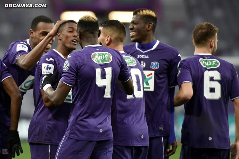 Toulouse profite d'une bourde de Cardinale pour ouvrir le score